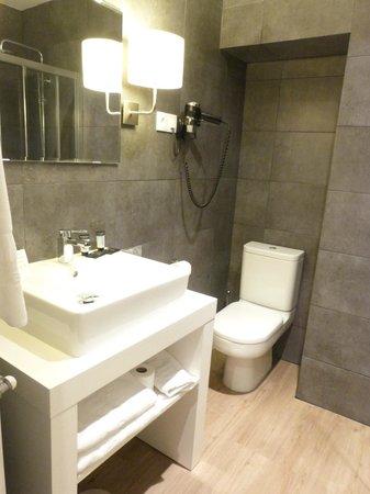 Hotel Acta Madfor : Salle de Bains