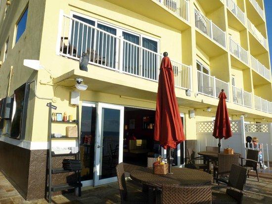 Sun Tower Hotel & Suites: Sandbar Grill
