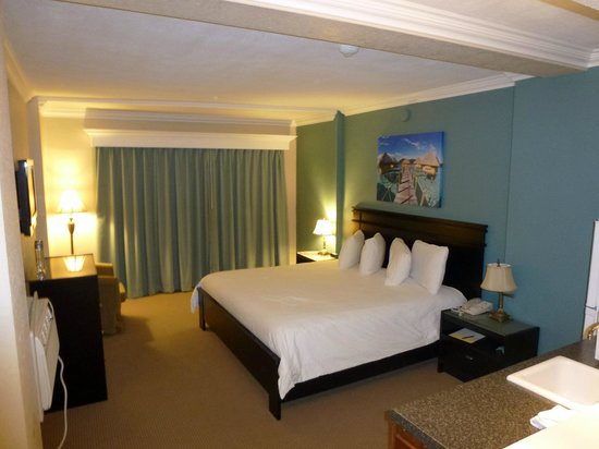 Sun Tower Hotel & Suites: Kingbed Room
