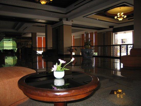 Wiang Inn Hotel: ロビーラウンジの様子