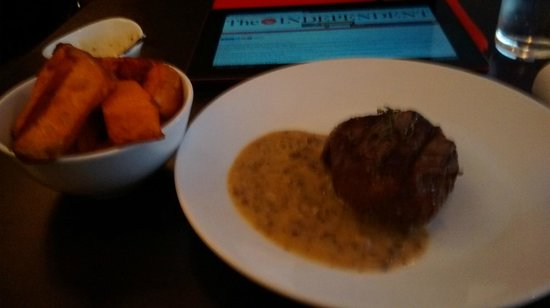The Bull Steak Expert: Rump steak, Mushroom Sauce, Sweet Potato fries - wonderful