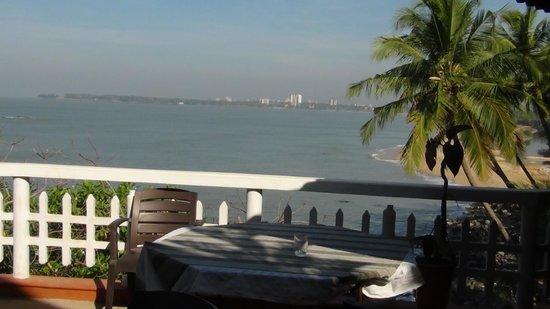 Seashell Haris Beach Home: Break fast view