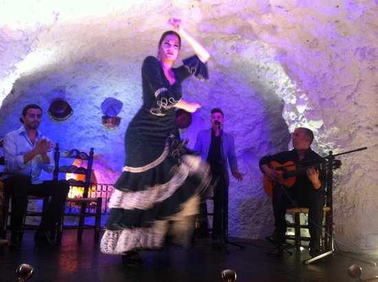 El Templo del Flamenco: Authentic Flamenco