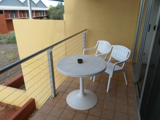 Desert Gardens Hotel, Ayers Rock Resort : balcony