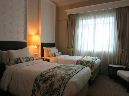 Rendezvous Hotel Singapore by Far East Hospitality: Rendezvous Hotel SG: Superior Twin Room