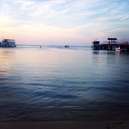 Samui Pier Resort: View of the sea :)