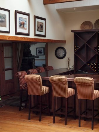 Dune Ridge Country House: The Bar