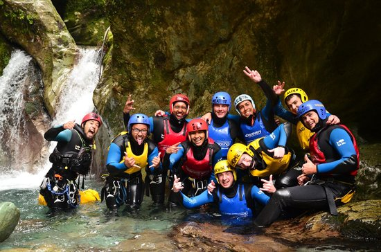 Canyoning Queenstown: Freezing Cold Waters!