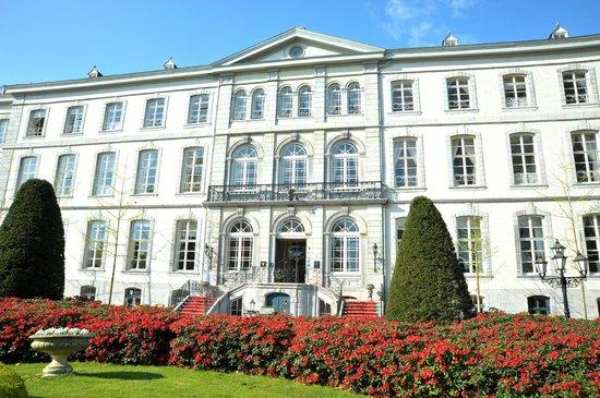 Kasteel Bloemendal: Exterior / Entrance