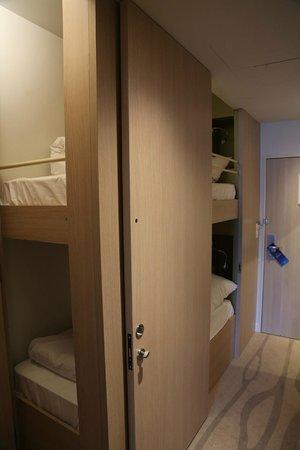 Radisson Blu Resort & Spa, Ajaccio Bay : lits superposés ouvert