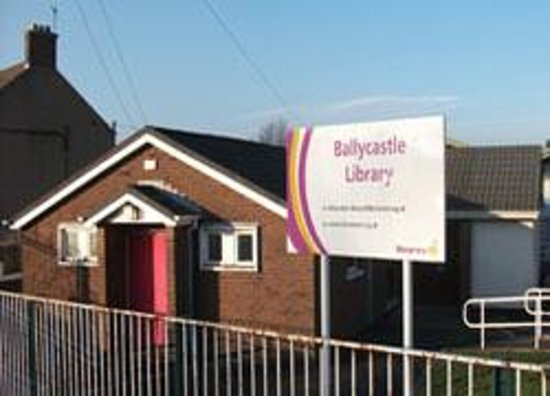 ‪Ballycastle Library‬