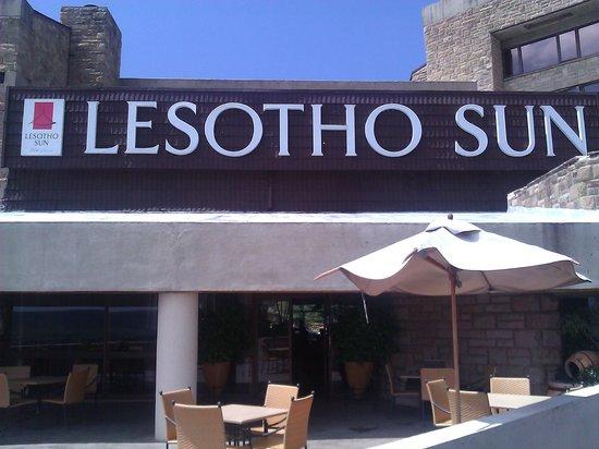 AVANI Lesotho Hotel & Casino: The Hotel