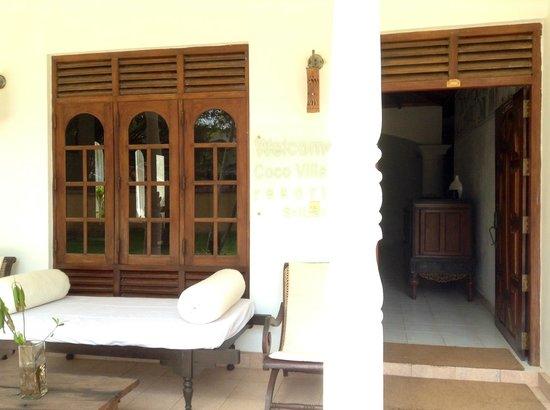 Cocovilla-Resort : Entrada al lobby y a las habitaciones interiores