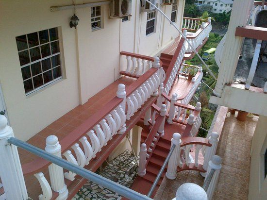 Rich View Guesthouse: Stairs