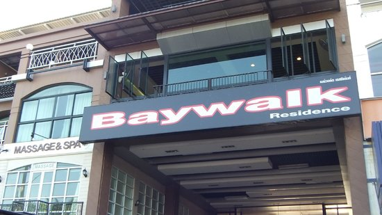 Baywalk Residence Pattaya: 入口