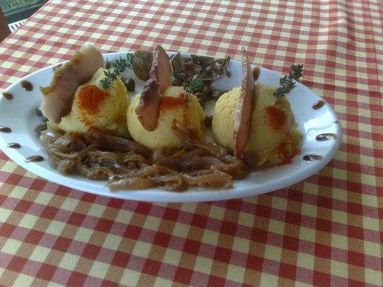 En Hatipi : Fava with fish