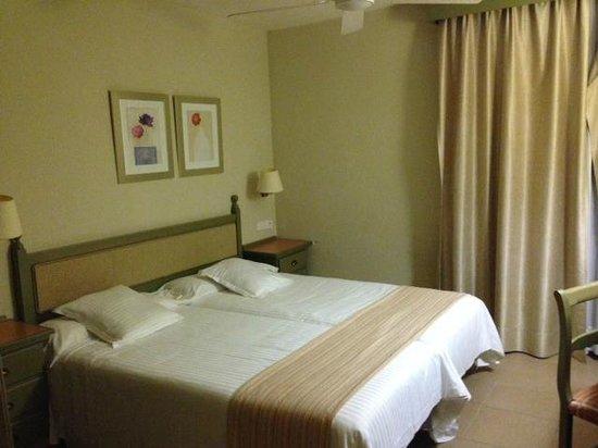 HD Parque Cristobal Tenerife: Bedroom 2
