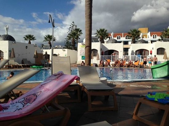 HD Parque Cristobal Tenerife : Pool area 2