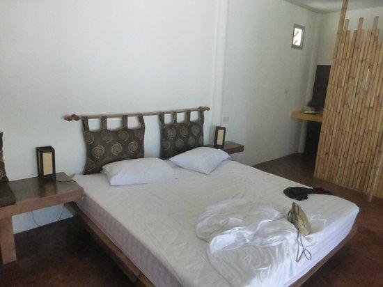 Angkana Hotel Bungalows: la chambre