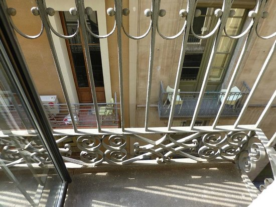 Hotel Duquesa de Cardona: Balkon