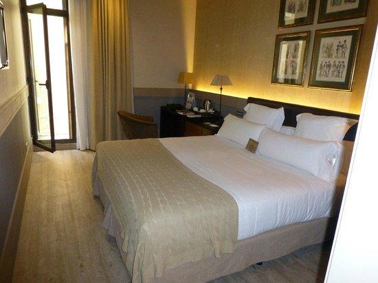 Hotel Duquesa de Cardona: Zimmer 37