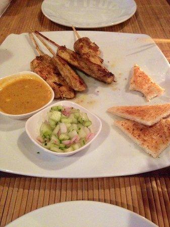 Hakan's Bar & Restaurant: Satay chicken