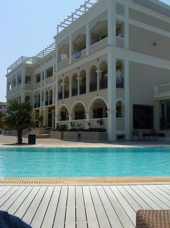 Corfu Mare Boutique Hotel: By the pool