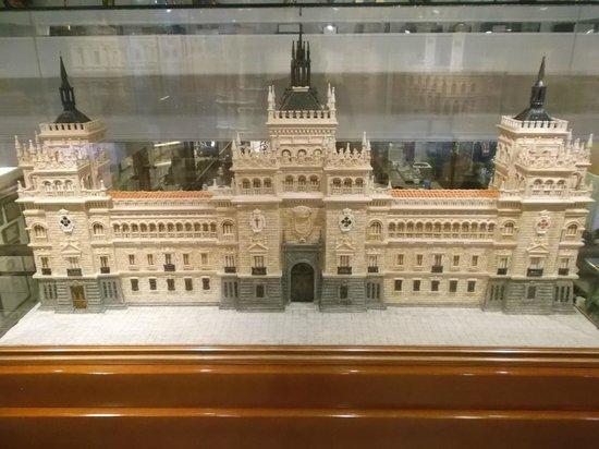 Cubero Confiterias Pastelerias: escultura 2