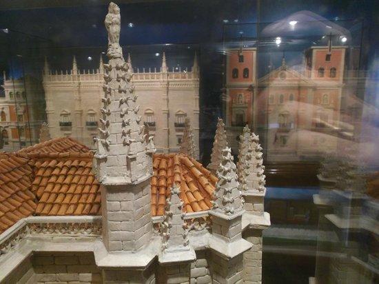 Cubero Confiterias Pastelerias: escultura