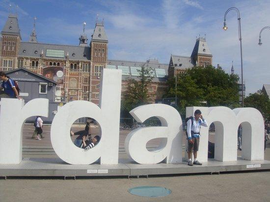 Stayokay Hostel Amsterdam Vondelpark: Dá pra ir andando até esse local! super oerto!