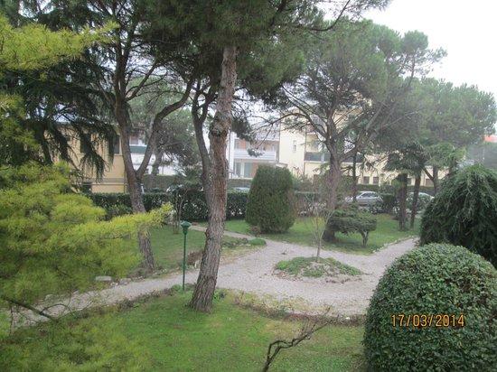 Giardino dellhotel milano picture of terme milano hotel abano