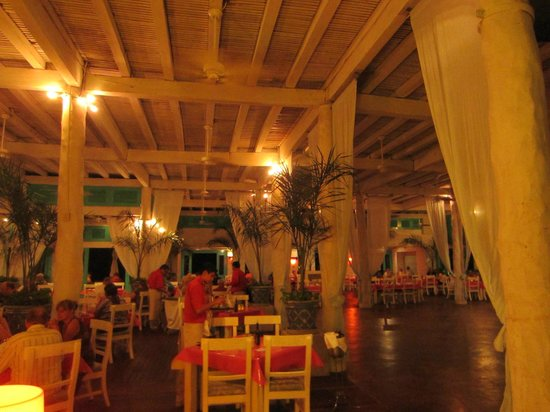 Mayan Palace Riviera Maya: Havanna Moon - site of $80 meal for two