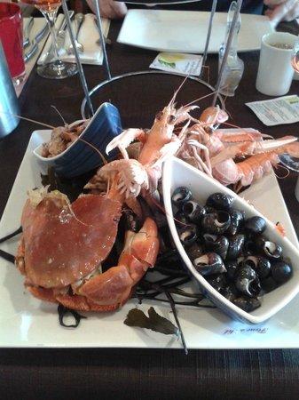 Assiette de fruit de mer picture of la fleur de sel - Restaurant fleur de sel port en bessin ...