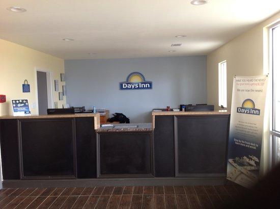 Days Inn Perry Near Fairgrounds: Lobby