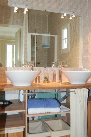 Ombrienne Chambres d'Hôtes : salle de bain Océane