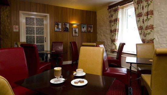 Kings Arms Hotel: COFFEE LOUNGE