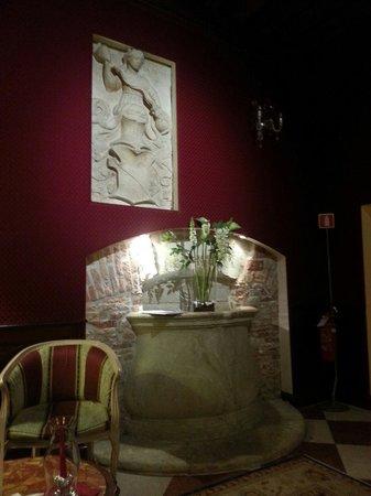 Duodo Palace Hotel: Reading room