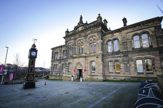 ‪Gateshead Old Town Hall‬