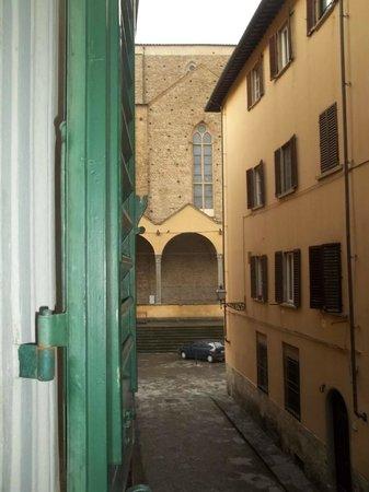 Hotel Il Poeta Dante: Vista de Santa Croce desde la ventana