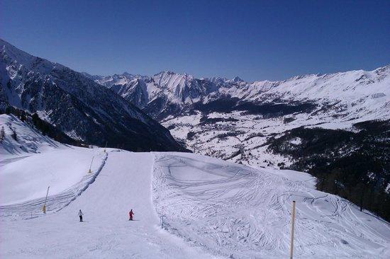 Ufficio Guide Monte Rosa : Belvedere champoluc picture of monterosa ski gressoney la