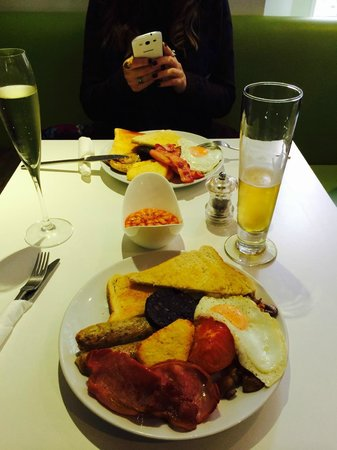 Star Bistro: Food before the Cheltenham Gold Cup.