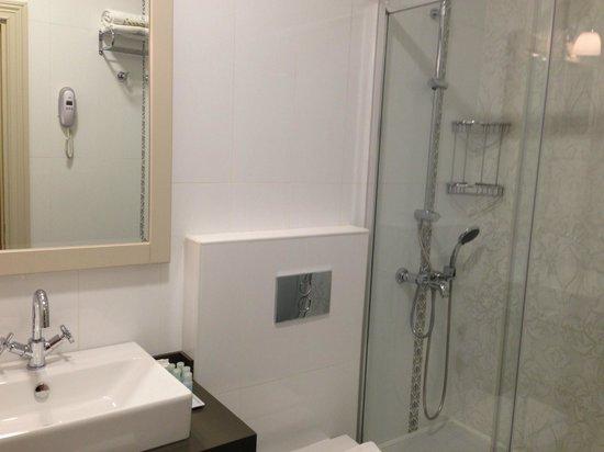 Louis Appartements Galata : Bathroom