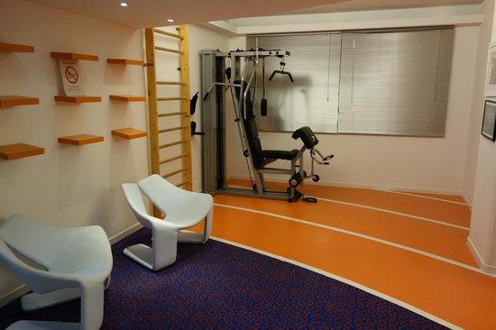 Novotel Poitiers Site du Futuroscope : Salle Fitness