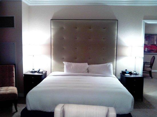 Signature at MGM Grand: Bed