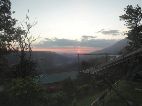 SpiceTree Munnar: coucher de soleil depuis la chambre
