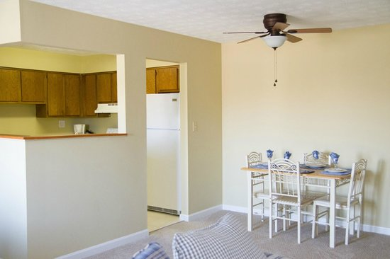Tanglewood Golf Course and Condos: Kitchen/Dining