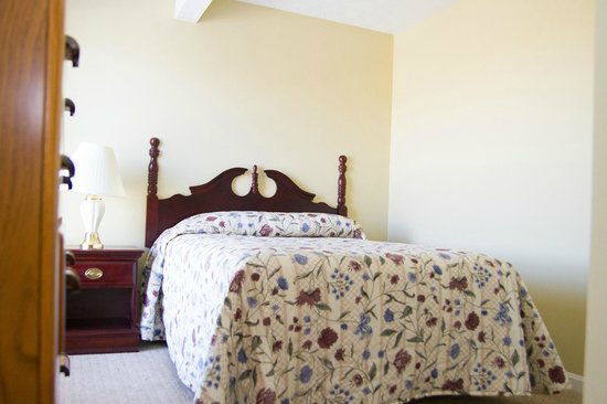 Tanglewood Golf Course and Condos: Bedroom 2