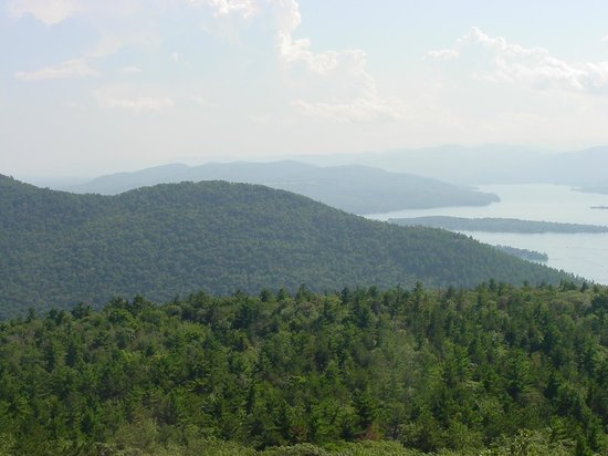 Super 8 Lake George/Downtown : Buck Mountain hike