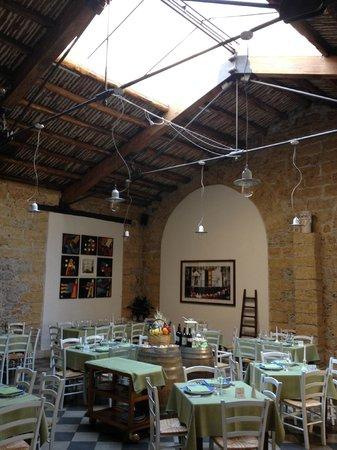 Osteria Ballaro: la sala ristorante