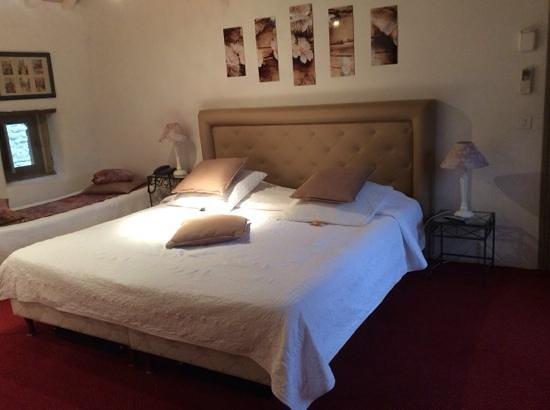 Hostellerie Le Castellas: la chambre